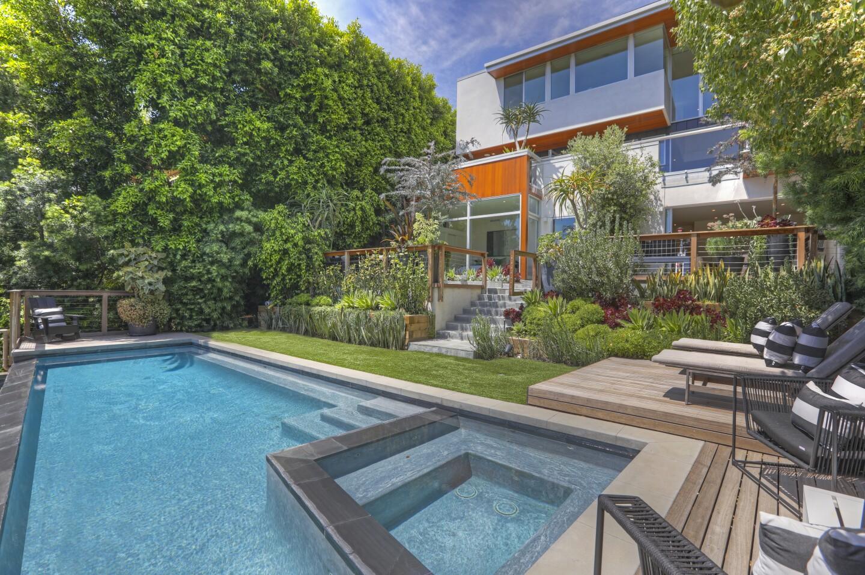 The Hiram Kwan residence in Los Feliz