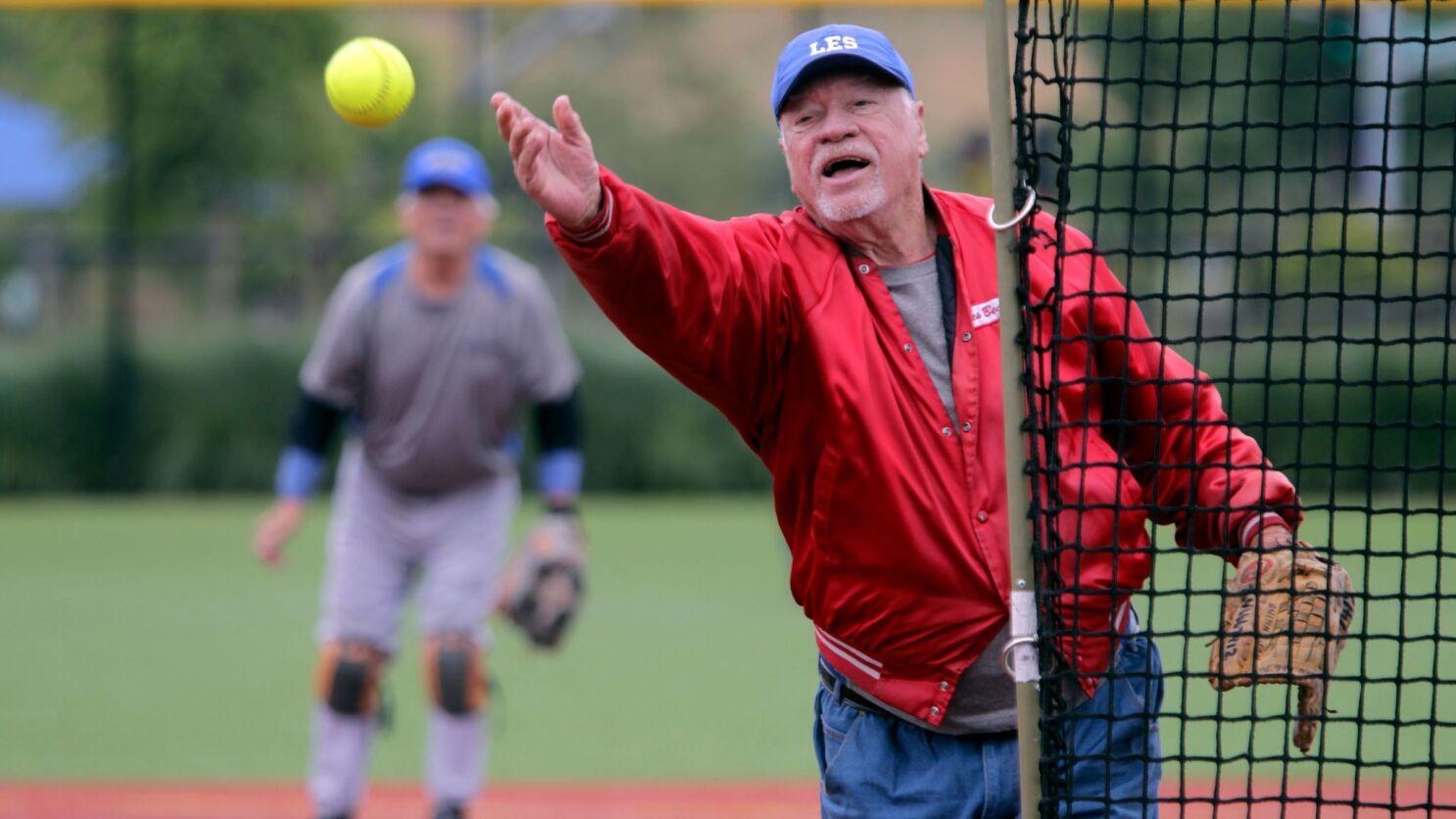 18a1367014f178 Softball league a home run with seniors - The San Diego Union-Tribune