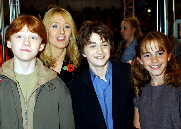 """By Los Angeles Times Staff Can you grow out of being Harry Potter, beloved boy wizard, hero to billions of children? Unfortunately, you can, if you're not just a glint in J.K. Rowling's eye, a vision of her imagination. If you're actually flesh and blood like Daniel Radcliffe, who played Harry on-screen for ten years, mortality is a given. But, as Robert Pattinson has proven with """"Twilight,"""" there is life after """"Harry Potter."""""""