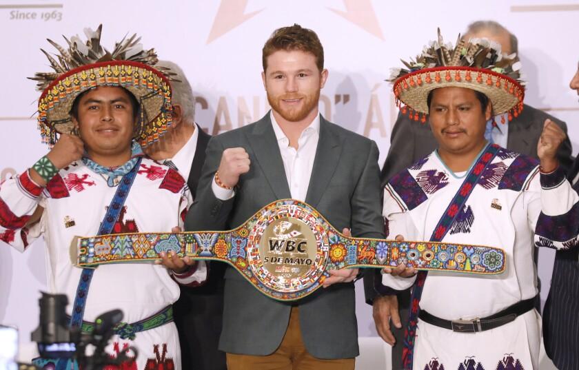 'El Canelo' Álvarez dice que no busca compararse con ningún campeón