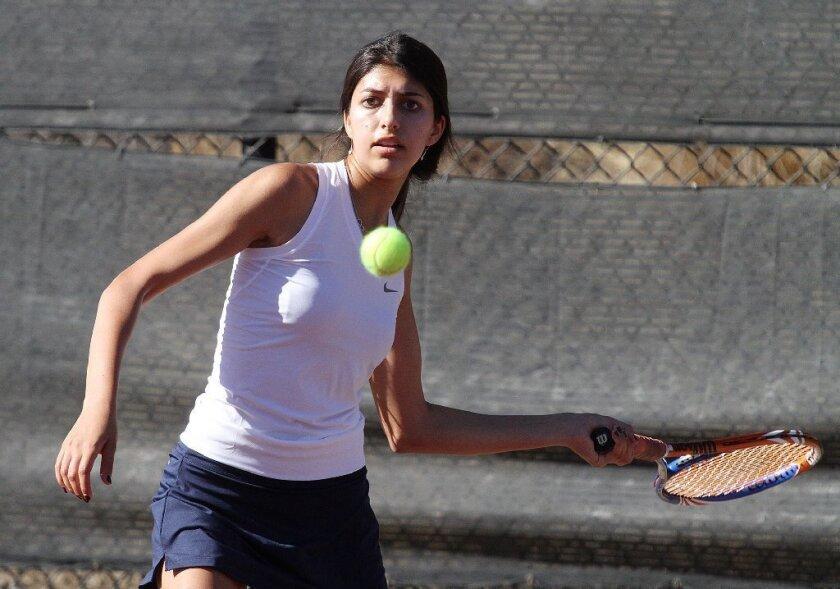 Flintridge Prep girls' tennis falls to Marlborough