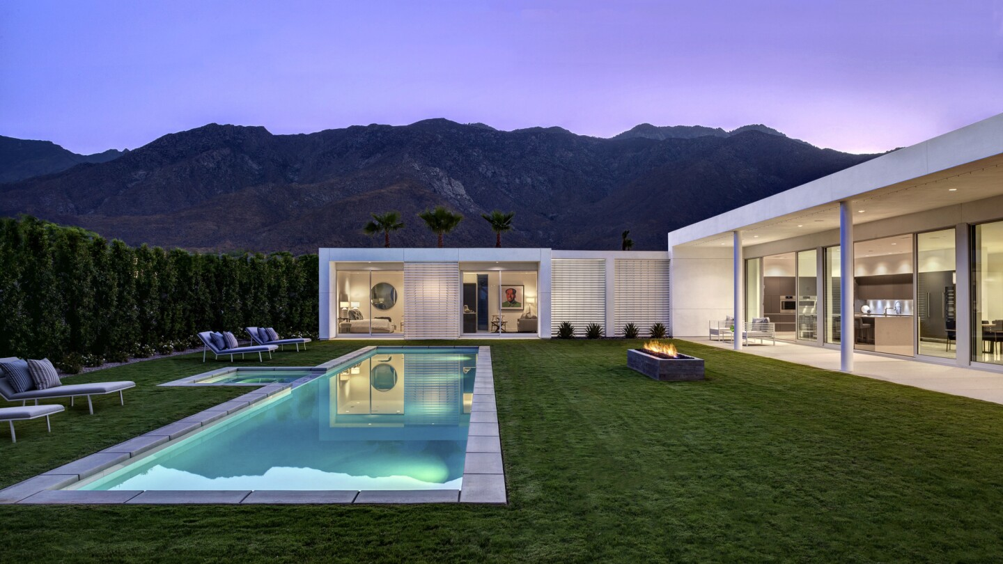 New midcentury modern-inspired home in Palm Springs | Hot Property