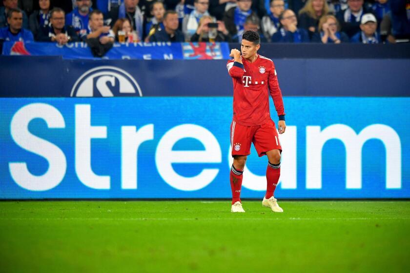 Bayern's James Rodriguez celebrates after scoring the 1-0 lead during the German Bundesliga soccer match between FC Schalke 04 and FC Bayern Muenchen in Gelsenkirchen, Germany, 22 September 2018.