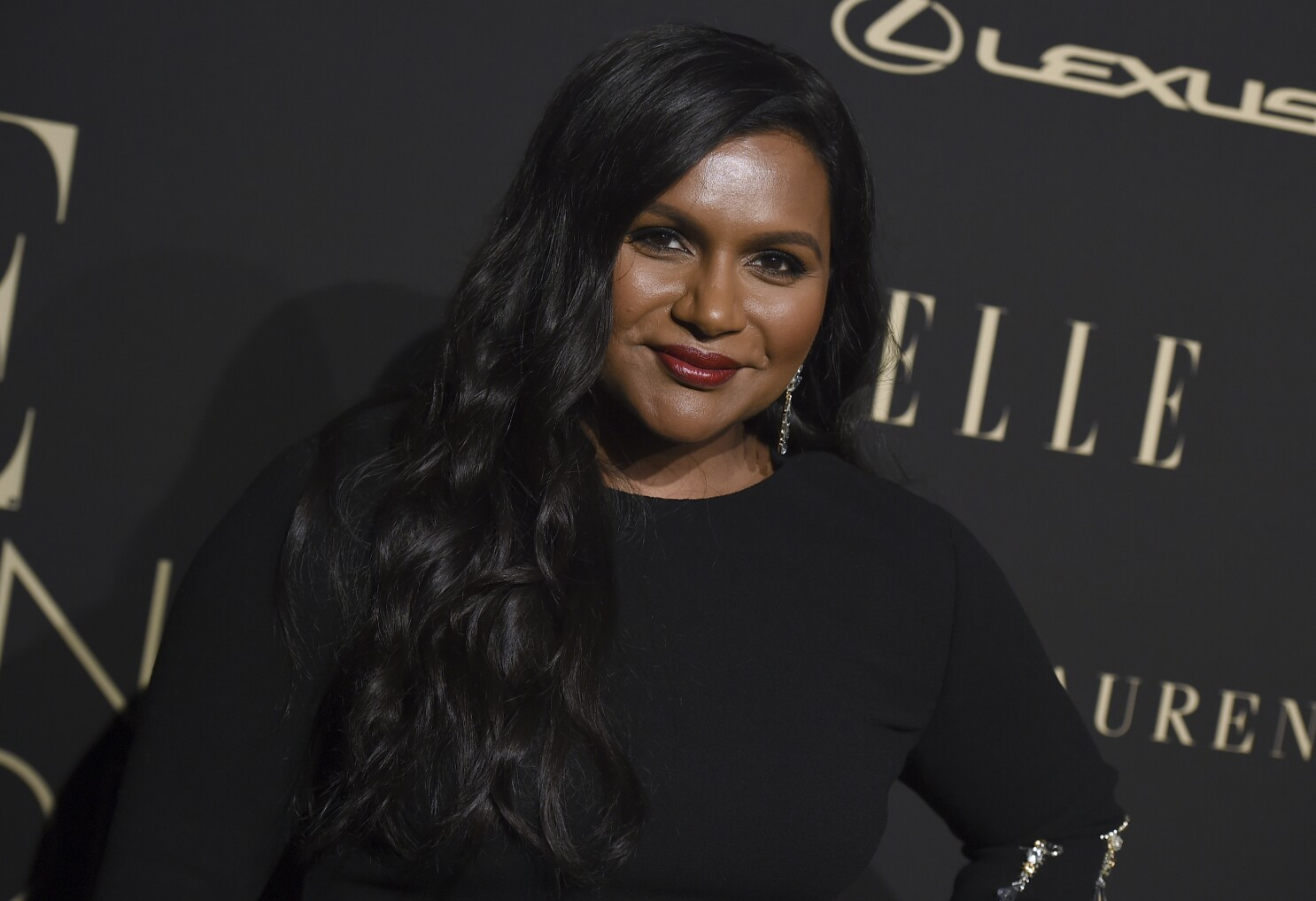 Mindy Kaling Sees Hope And Progress After Taking On The Tv Academy Los Angeles Times