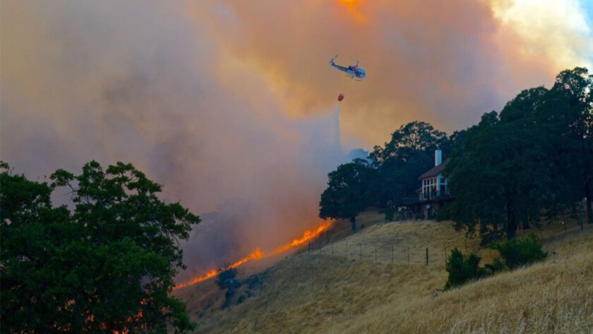 NW of Redwood Valley (Mendocino County) is now 1,000 acres & 10% contained.