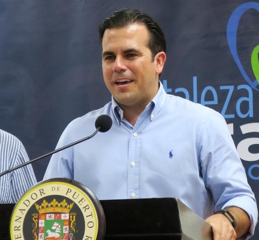 El gobernador de Puerto Rico, Ricardo Roselló, ofrece declaraciones en una rueda de prensa. EFE/Archivo
