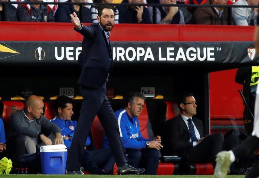Pablo Machín, entrenador del Sevilla, durante el partido de vuelta de dieciseisavos de final de la Liga Europa ante el Lazio donde los dos equipos jugaron en el estadio Sánchez Pizjuán. EFE