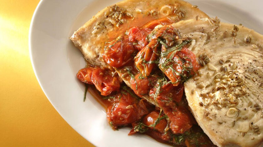 Swordfish steaks with tomatoes and fennel