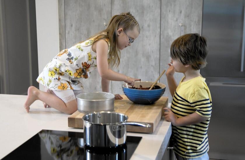 la-2460072-fi-kitchen-for-kids-kdm-126-jpg-20160419