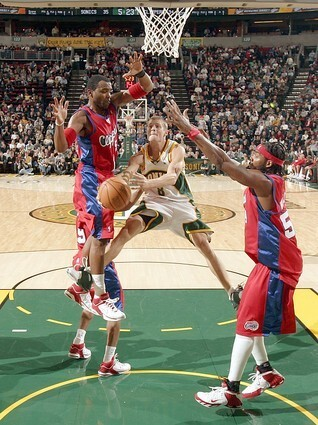 Los Angeles Clippers v Seattle SuperSonics
