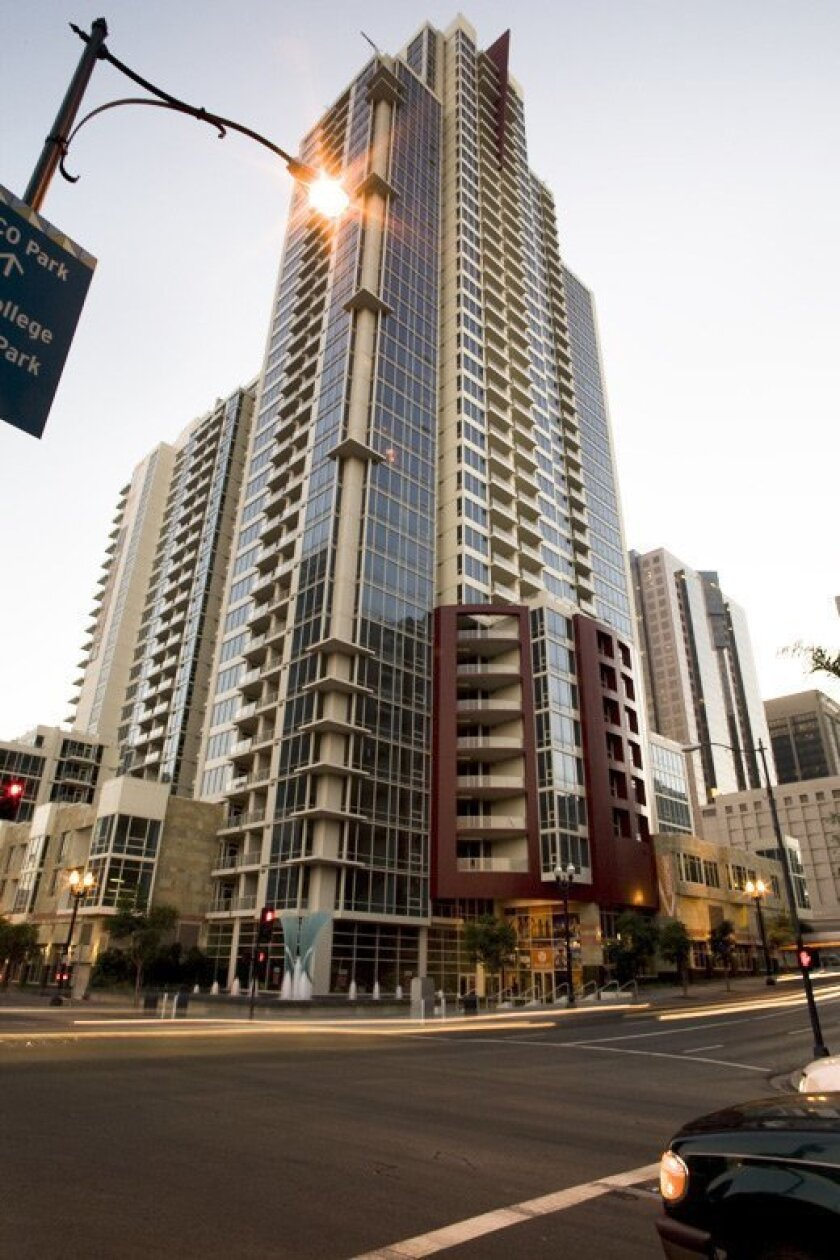 """GRAND ONION: The Vantage Pointe condo tower downtown """"disserves"""" the city, the jury believes, because it fails to establish a human-scale relationship at street level. The developers as well as redevelopment overseers are to blame, they said. (ASMP/Mike Torrey Photography)"""