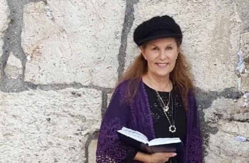 Lori Lynn Gilbert-Kaye