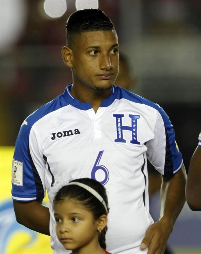Imagen de archivo del jugador de futbol el hondureño Bryan Acosta. EFE/Archivo