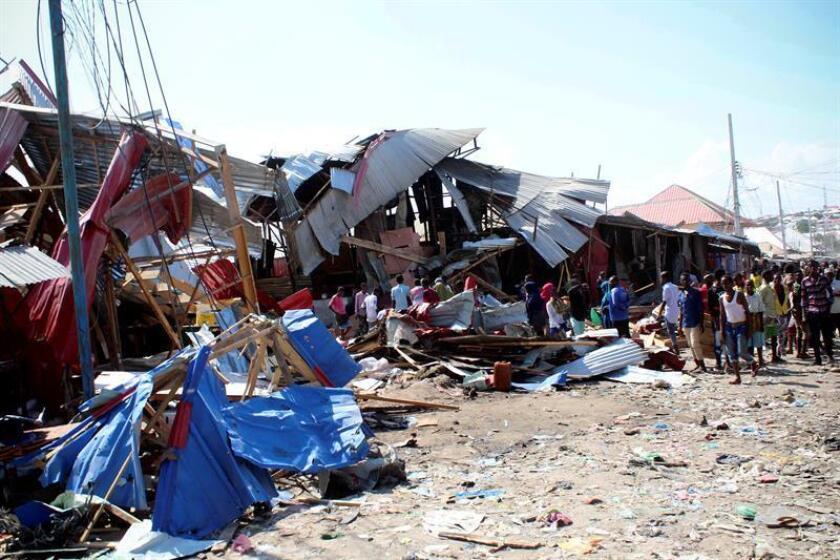 El Ejército, en coordinación con las autoridades locales, bombardeó este domingo posiciones de combatientes del grupo terrorista Al Shabab en Somalia, en las que murieron 35 presuntos yihadistas, informó hoy el mando militar para África (Africom). EFE/Archivo