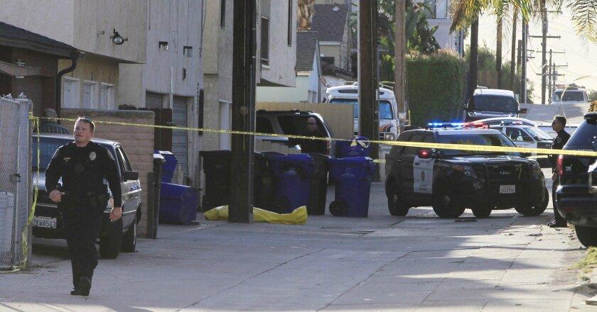 The suspect was shot in an alley off Jewell Street. (Eduardo Contreras / San Diego Union-Tribune)
