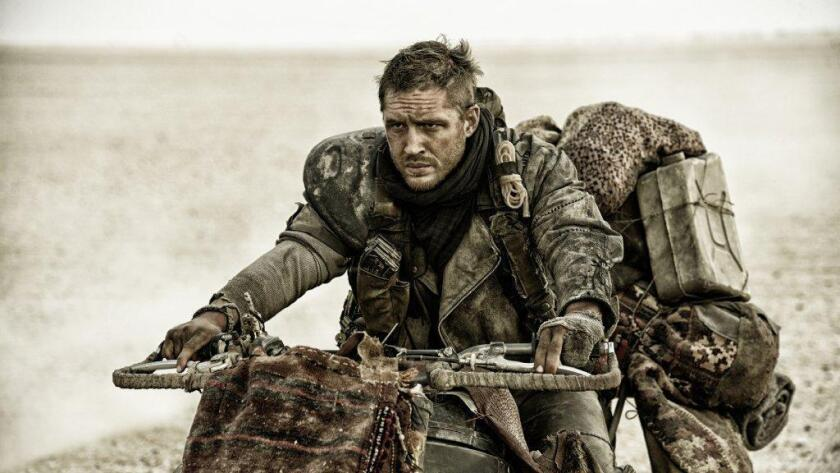 """Jenny Beavan, por """"Mad Max: Fury Road"""" se llevó hoy el Oscar a mejor vestuario al que optaba el diseñador español Paco Delgado, por """"The Danish Girl""""."""
