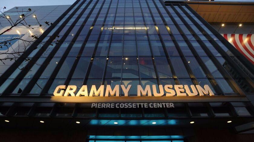 Fachada del Museo GRAMMY en L.A.LIVE (Foto: Cortesía del Museo GRAMMY en L.A.LIVE)