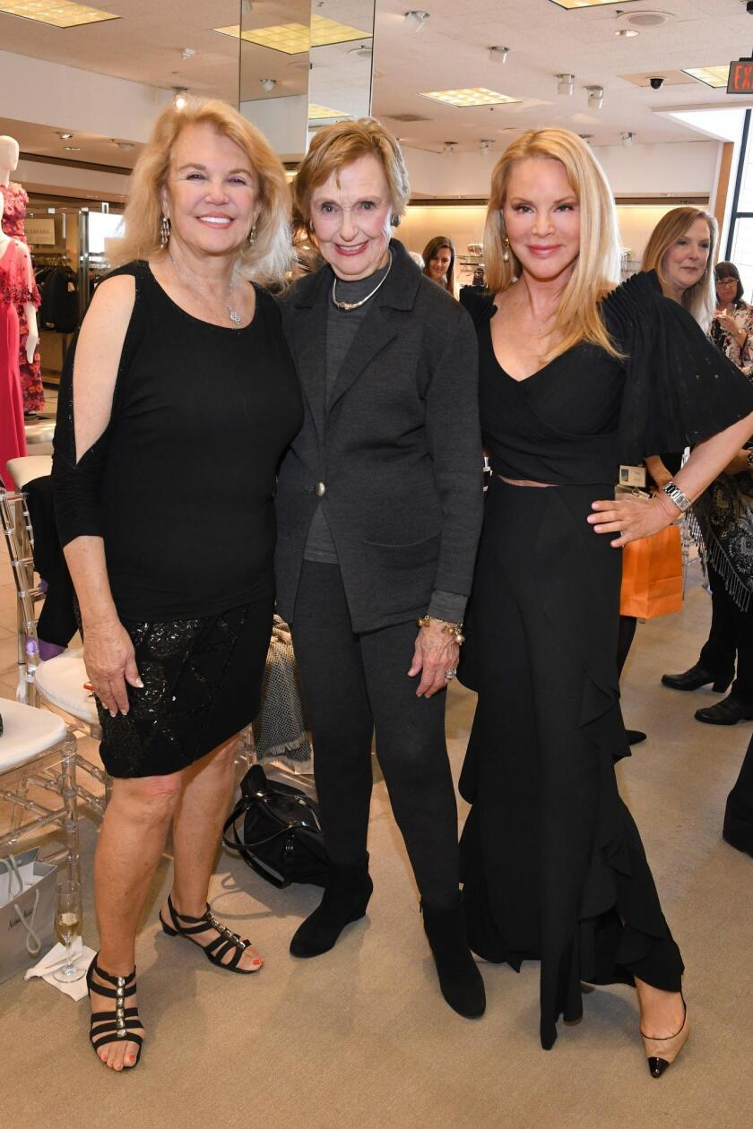 Lola Green, PoP founder Barbara McColl, Dianne York