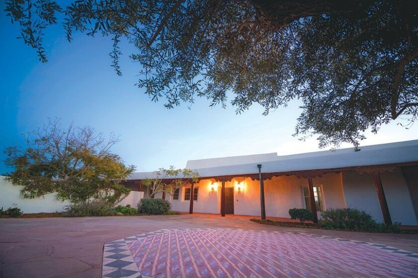 Perched on a coastal bluff off La Jolla Farms Road, the William Black House (known today as the Geisel House) is designed by Santa Fe architect William Lumpkins (1909-2000) and built in 1952. It is designated as a state-and-federal historic landmark. The Pueblo Revival-style estate is used by UC Sa