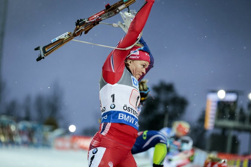 Norway's Kaia Woeien Nocolaisen in action during the single mixed relay event at the BMW IBU World Cup Skiing Biathlon in Ostersund, Sweden, Sunday, Nov. 29, 2015. (Marie Birkl/TT News Agency via AP) SWEDEN OUT Photo: Marie Birkl / TT / code 62170