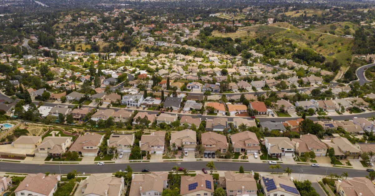 Letters to the Editor: Building more suburban sprawl won't recreate the California dream