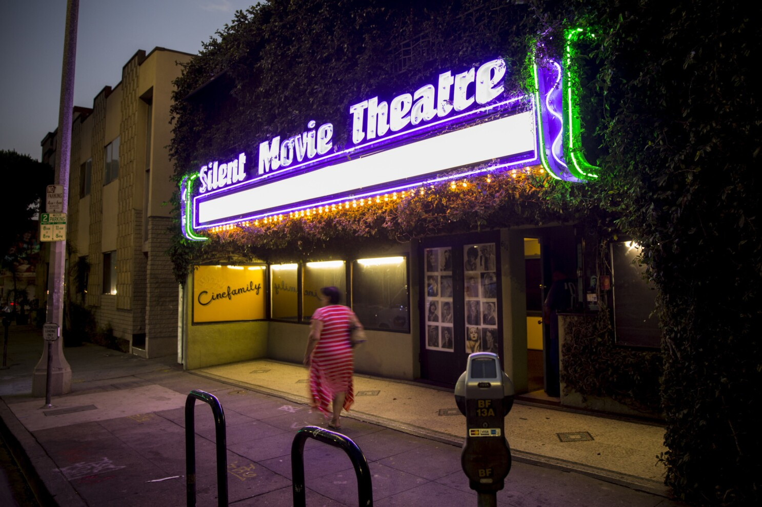 Uncut Gems Pulled As Fairfax Cinema S Opening Movie Los Angeles Times