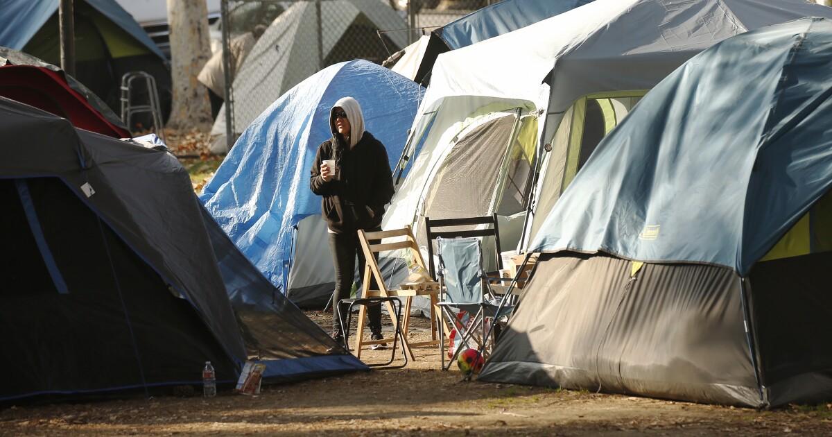 Die Wähler könnten entscheiden, ob kalifornischen Städten wird dafür bestraft werden, nicht die Verringerung der Obdachlosigkeit