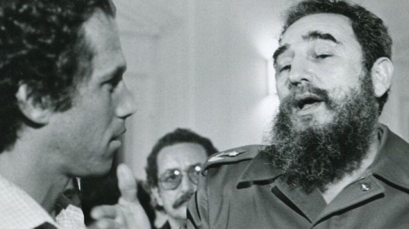 Jon Alpert cultivó una relación tan cercana con Fidel Castro que un día tuvo una idea especial: conseguirle un audífono.