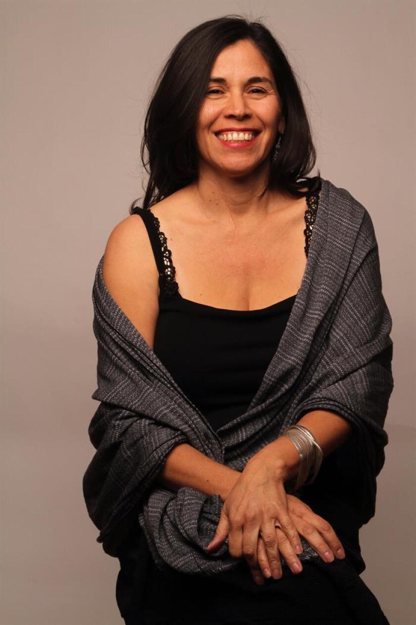 Fotografía cedida este martes 5 de junio de 2018, donde aparece Germaine Franco, primera compositora latina miembro de Academia de Hollywood, que acaba de recibir el premio Shirley Walker otorgado por la Sociedad de Compositores, Autores y Editores (ASCAP). EFE/G. Franco/SOLO USO EDITORIAL/NO VENTAS