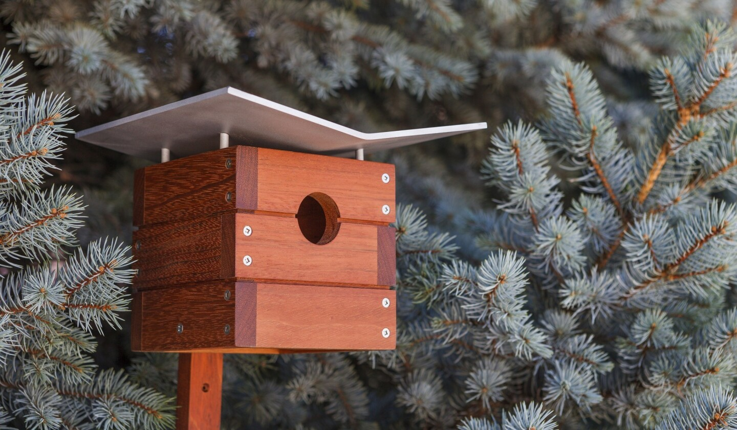 The Ralph birdhouse pays homage to architect Ralph Rapson, who designed the 1945 Greenbelt House, one of the earliest Case Study houses. The birdhouse is constructed of sustainably harvested wood and is built with birds in mind.