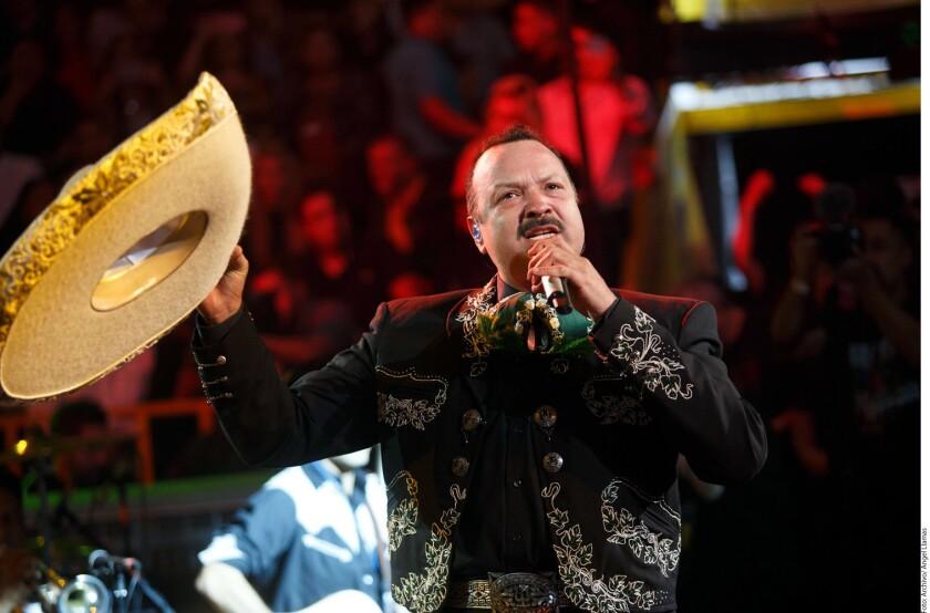 Pepe y la Dinastía Aguilar llegan al Staples Center junto Christian Nodal
