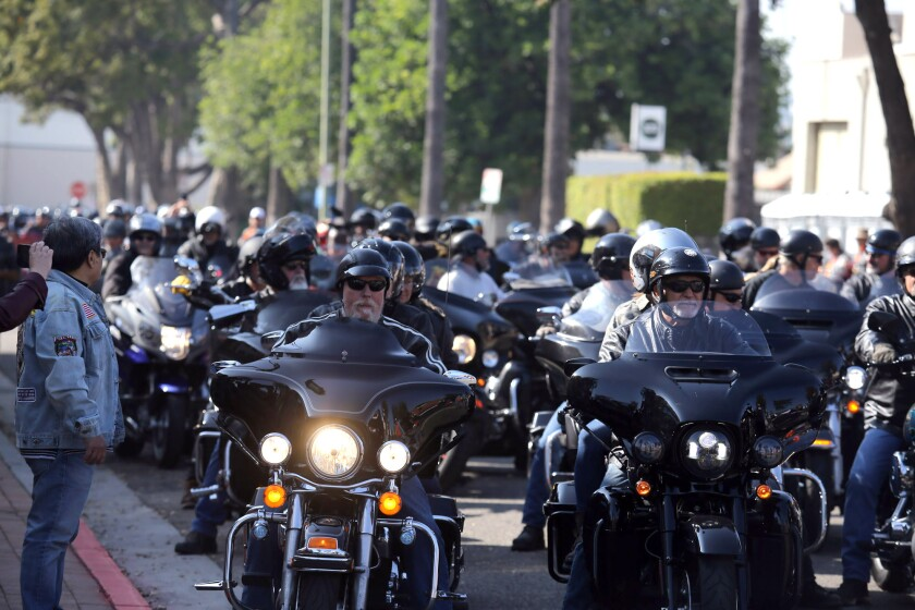 Eight hundred motorcyclists leave the Harley Davidson store in Glendale for Love Ride Motorcycle Charity Ride.