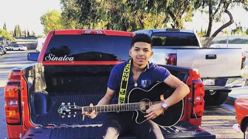 Pedro Erick Villanueva, de 19 años, perdió la vida en la noche del pasado 3 de julio en Fullerton (California) cuando dos oficiales le dispararon luego de que se negara a detener el vehículo que conducía.