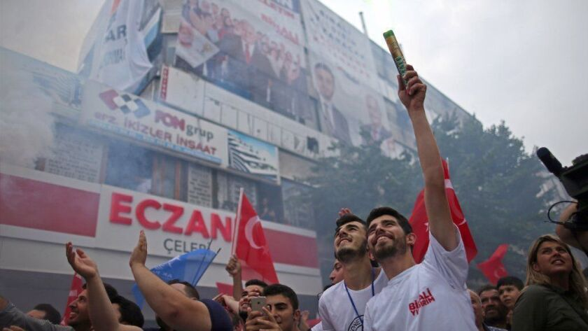 Campaign for Istanbul mayoral election repeat, Turkey - 21 Jun 2019