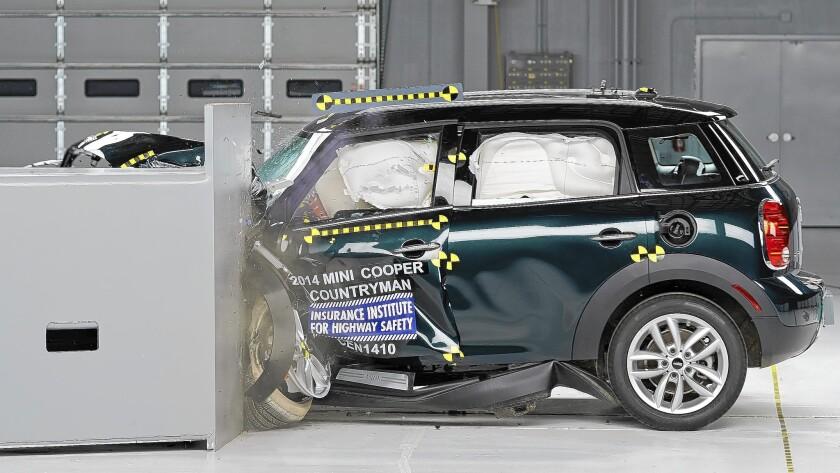 MINI Cooper Countryman wins small car crash tests, Nissan Leaf fails