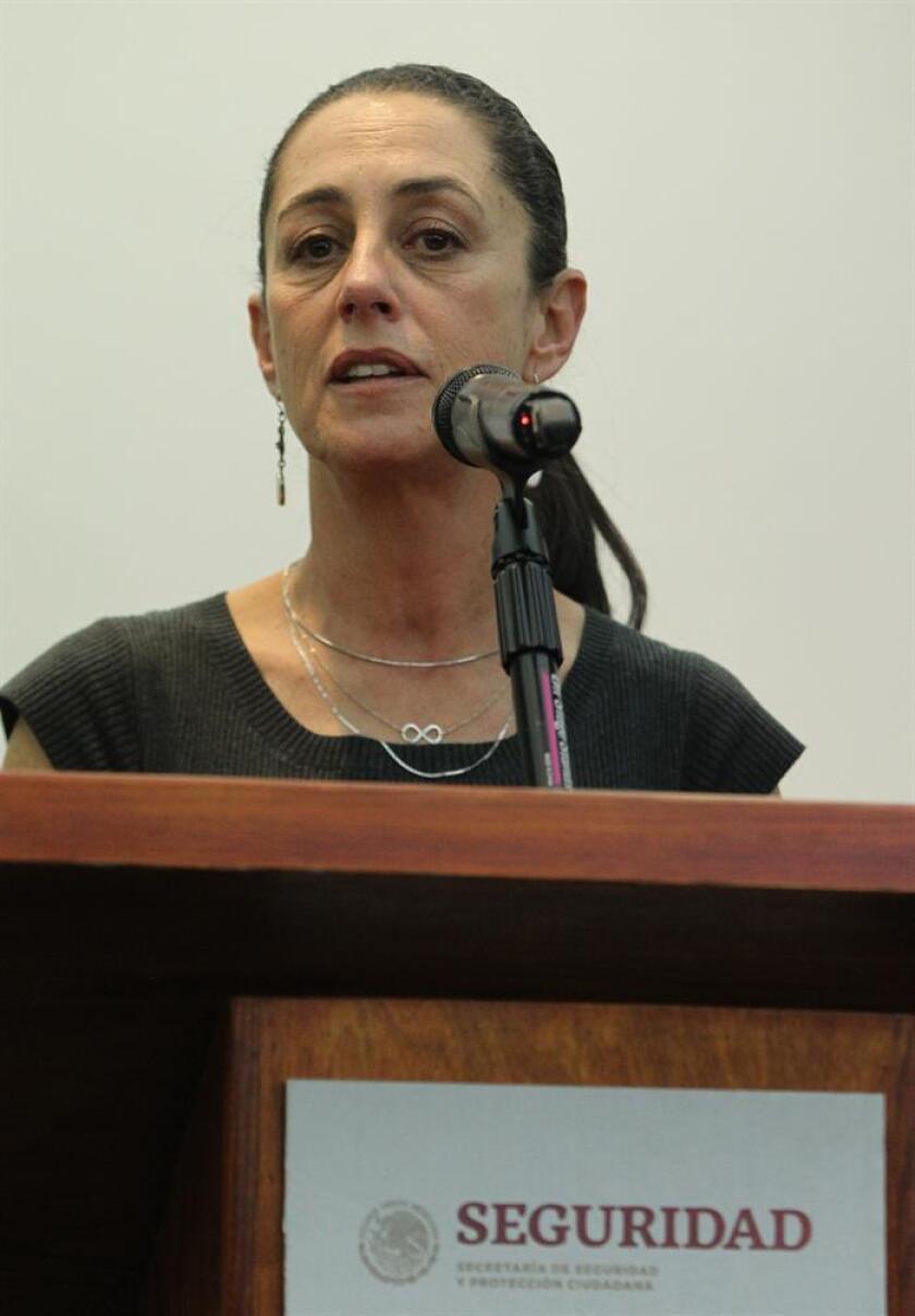 La Jefa de Gobierno de la Ciudad de México, Claudia Sheinbaum, habla en rueda de prensa en Ciudad de México (México). EFE/Archivo
