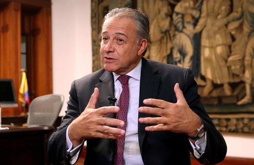 Vicepresidente colombiano y la DEA reafirman su unión contra las drogas