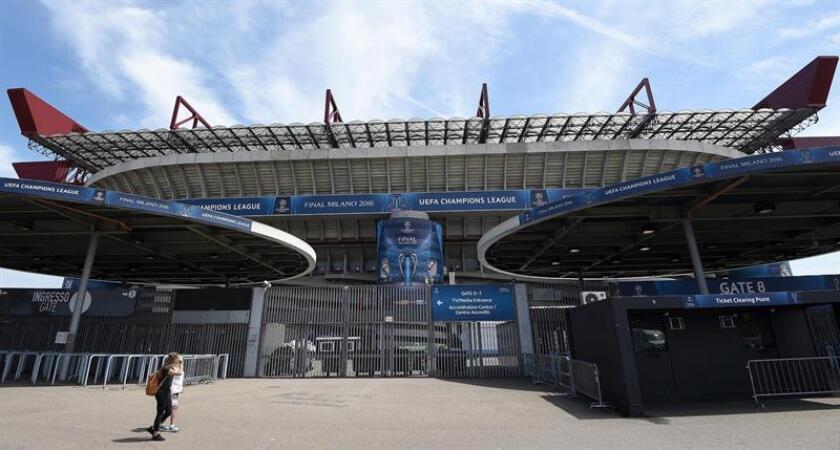 Vista del exterior del estadio Giuseppe Meazza de Milán, Italia. EFE/Archivo