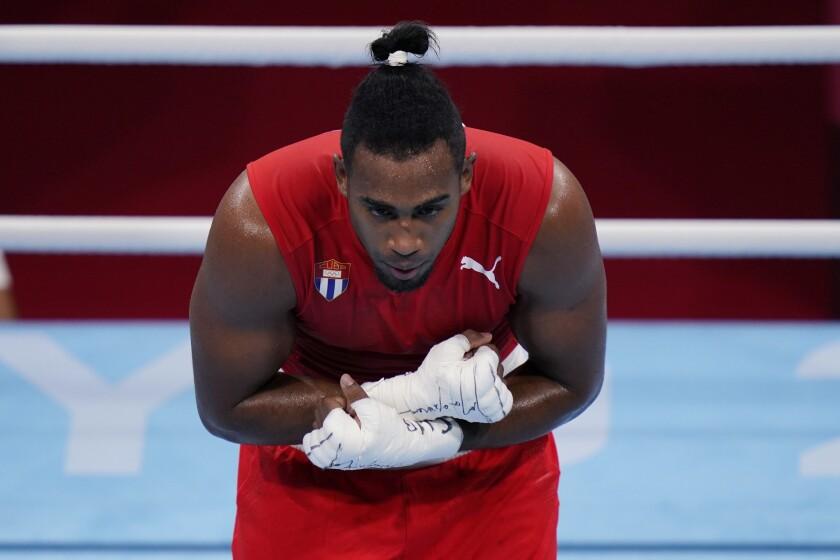 El cubano Arlen López después de su combate en peso semicompleto ante el mexicano Rogelio Romero Torres