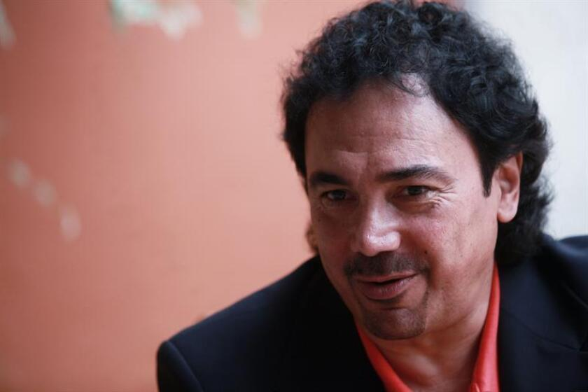 El ex jugador mexicano Hugo Sánchez habla durante una entrevista para la agencia Efe en Ciudad de México. EFE/Archivo