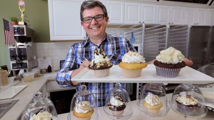 Vista Cupcake Shop Named California S Best The San Diego Union Tribune