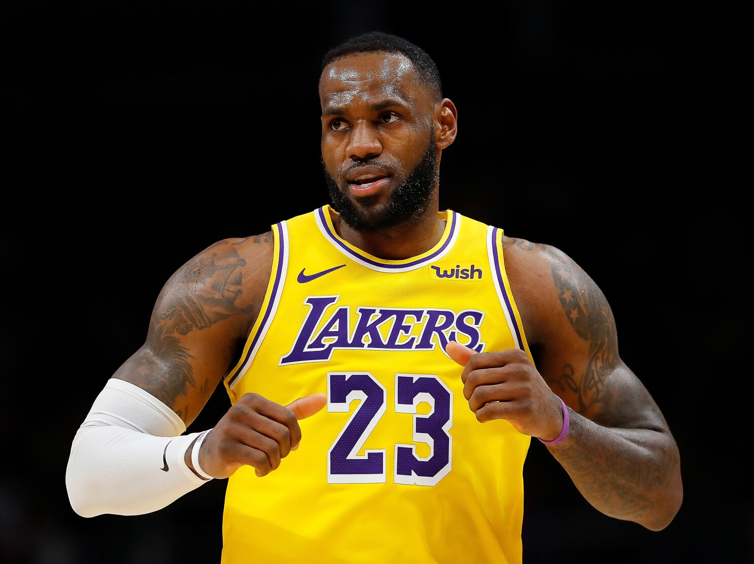 LeBron James out for Lakers vs. Nuggets because of muscle strain ...