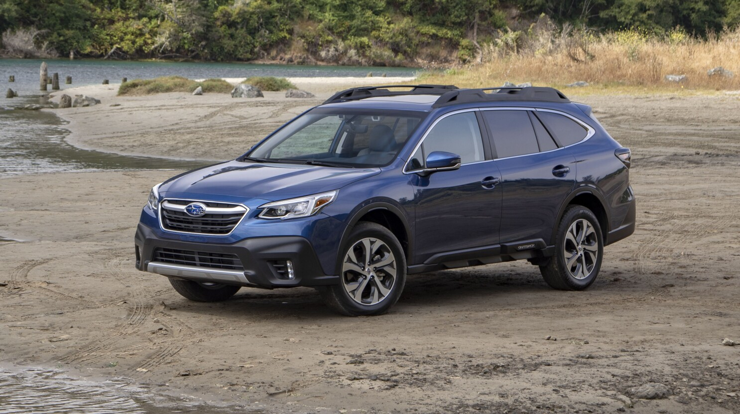 redesigned outback gives subaru something interior to talk about the san diego union tribune redesigned outback gives subaru
