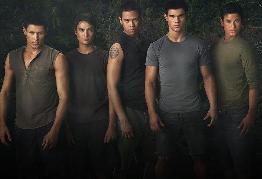 "(Left to right) Alex Meraz stars as Paul, Kiowa Gordon stars as Embry Call, Chaske Spencer stars as Sam Uley, Taylor Lautner stars as Jacob Black and Bronson Pelletier stars as Jared in ""The Twilight Saga: New Moon."" (Photo: James White)"