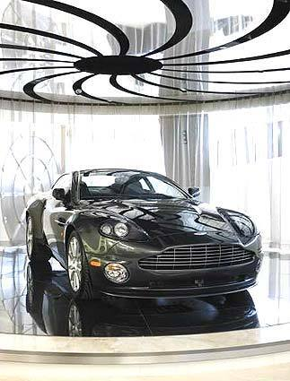 Bond machine