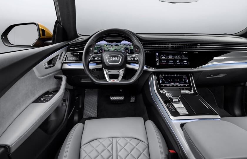 -AudiQ8-DriverArea.jpg