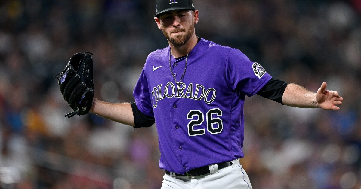 Padres shut down by another starting pitcher in loss to Rockies