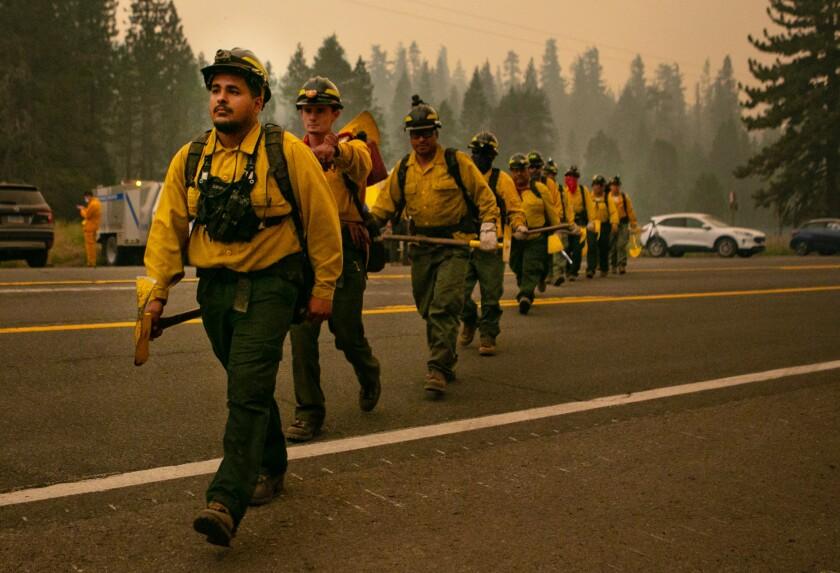 Crews scramble as Caldor fire approaches Lake Tahoe