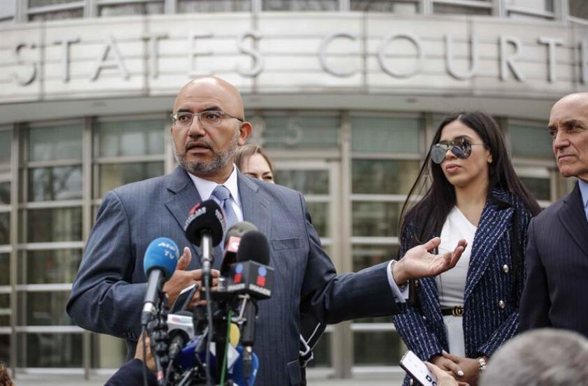 Tras la sesión, el abogado de Guzmán, Eduardo Balarezo, dijo que esperan que el arreglo pase por que se habilite una celda en el juzgado o en un edificio cercano, para que el Chapo no tenga que ser trasladado cada día. EFE/Archivo