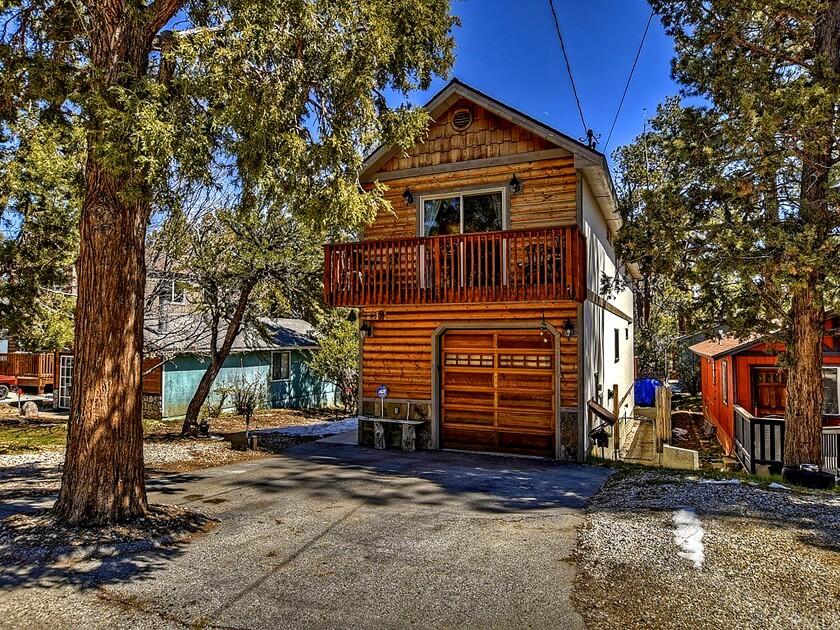 A wood-shingled home at 601 Moreno Lane in Sugarloaf.